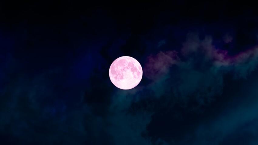 Lune rousse 2021 : découvrez les effets et la signification de cette lunaison