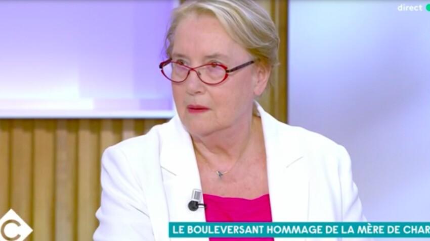 """VIDEO- """"Mon fils était menacé tous les jours"""" :la mère deCharb, """"très en colère"""", contre François Hollande"""