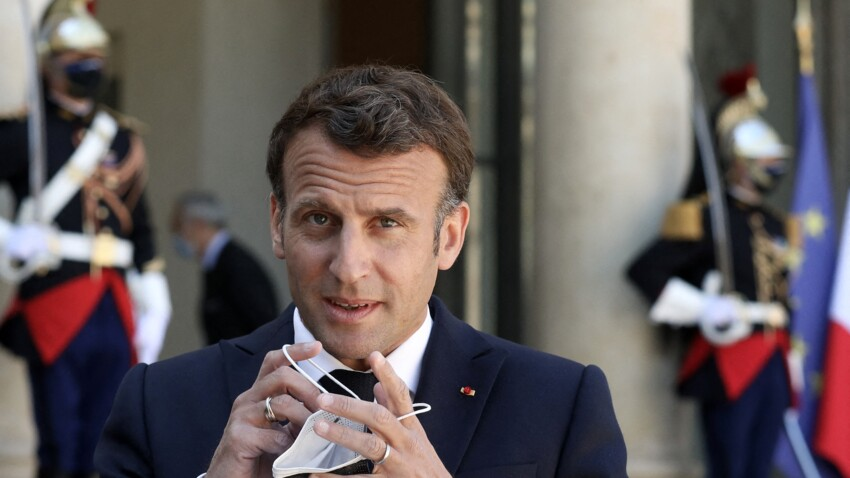 Covid-19 : Emmanuel Macron dessine le déconfinement, l'Institut Pasteur met en garde