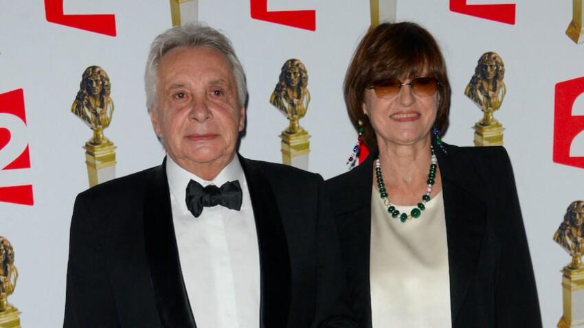 """Michel Sardou """"pas facile à vivre"""" : les rares confidences de sa femme Anne-Marie Périer"""