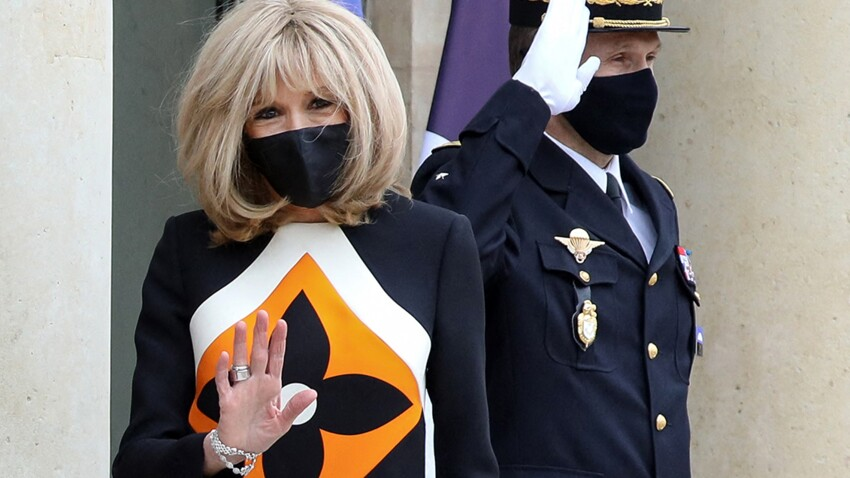 Brigitte Macron : veste ultra-tendance, zips et taille haute, son look trop canon !