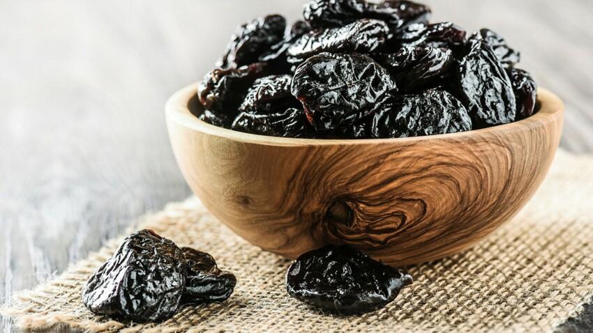 5 bonnes raisons de consommer des pruneaux après 50 ans