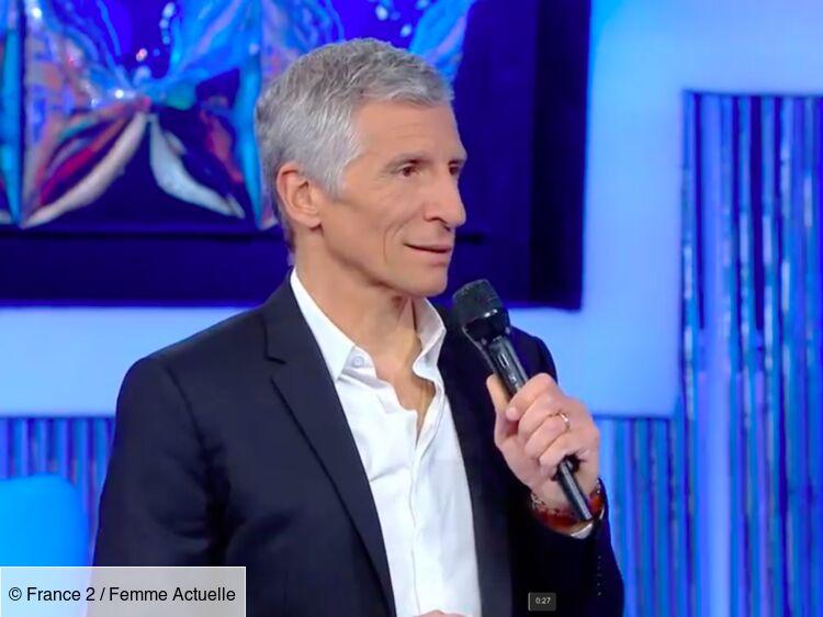 """VIDEO - """"N'oubliez pas les paroles"""" : Nagui rembarre une candidate qui le taquine sur ses cheveux blancs"""