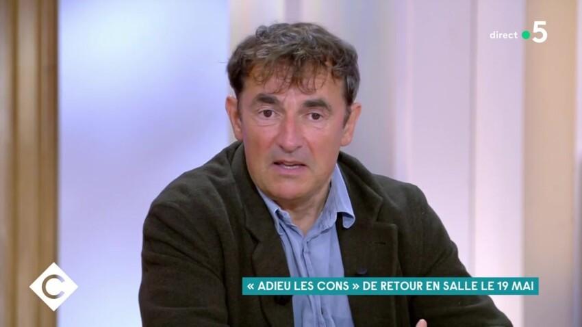 """Albert Dupontel s'en prend à Emmanuel Macron : """"Le déconfinement est un peu tôt"""" - VIDEO"""