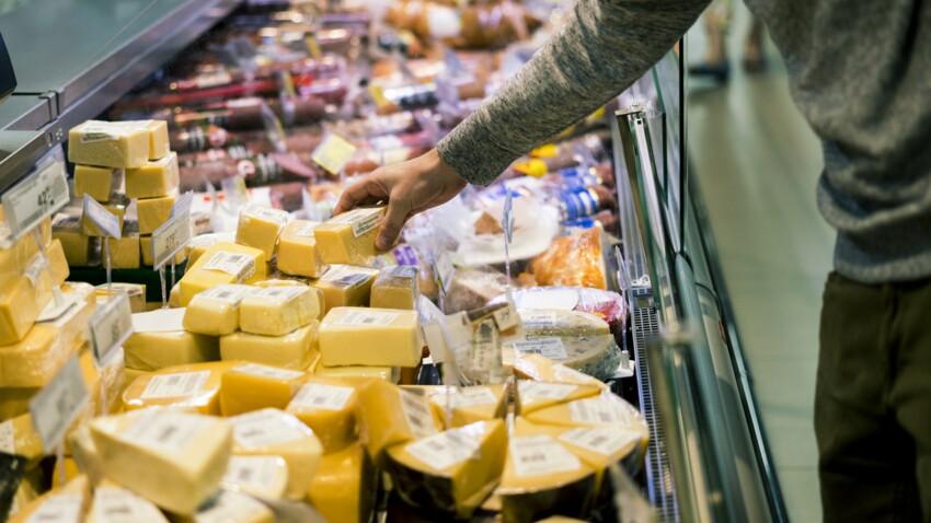 Rappel produits : ces fromages vendus chez Carrefour, Leclerc, Super U et d'autres grandes surfaces ne doivent surtout pas être consommés