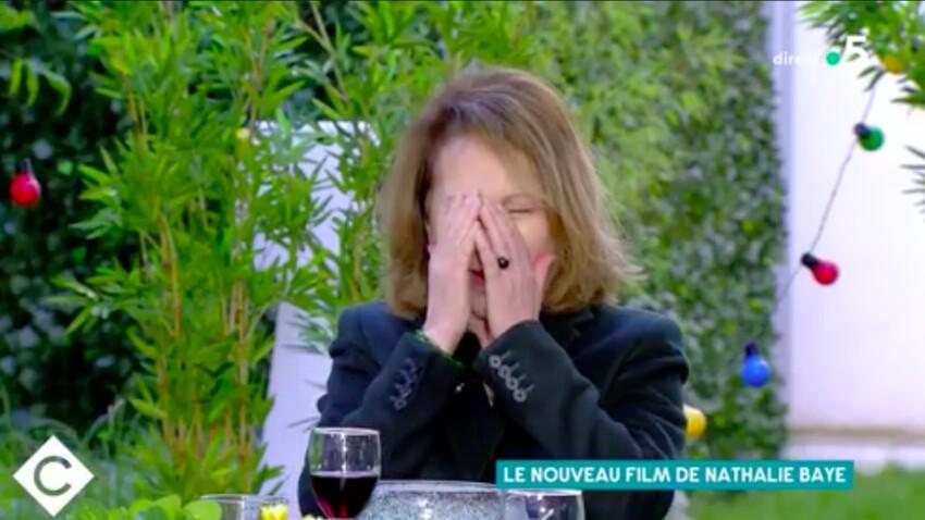 """VIDEO - """"Je suis moche !"""" : Nathalie Baye, ces images qu'elle aurait préféré oublier !"""