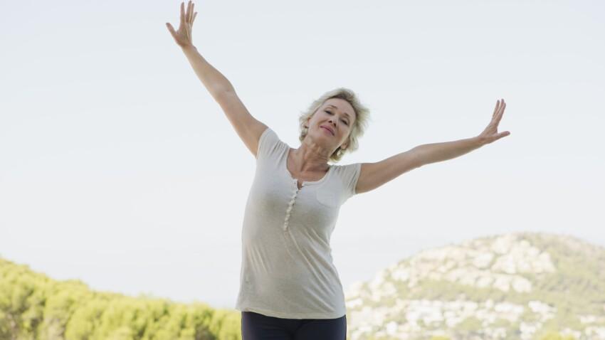 5 étirements pour rester en forme après 50 ans