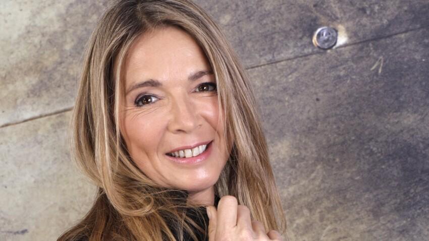 """Hélène Rollès se confie sur l'adoption de ses enfants, """"un véritable chemin de croix"""""""