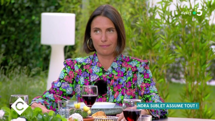 """Alessandra Sublet assume ses """"énormes bourdes"""": """"Il y a des soirs où on est nazes"""" - VIDEO"""