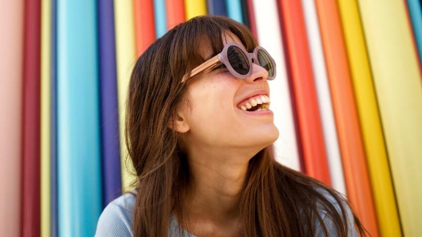 """""""Rainbow maximalism"""" : voici la nouvelle tendance mode qui fait fureur !"""