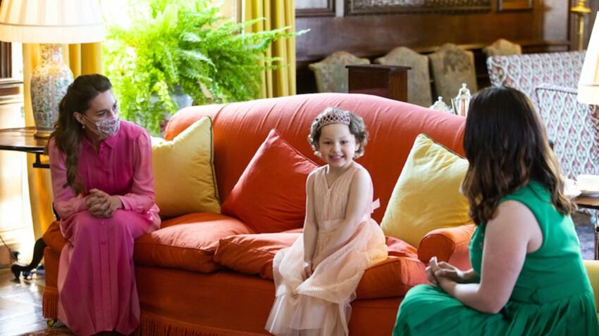 Kate Middleton : qui est Mila, la petite fille atteinte d'un cancer qui lui a mis les larmes aux yeux ?