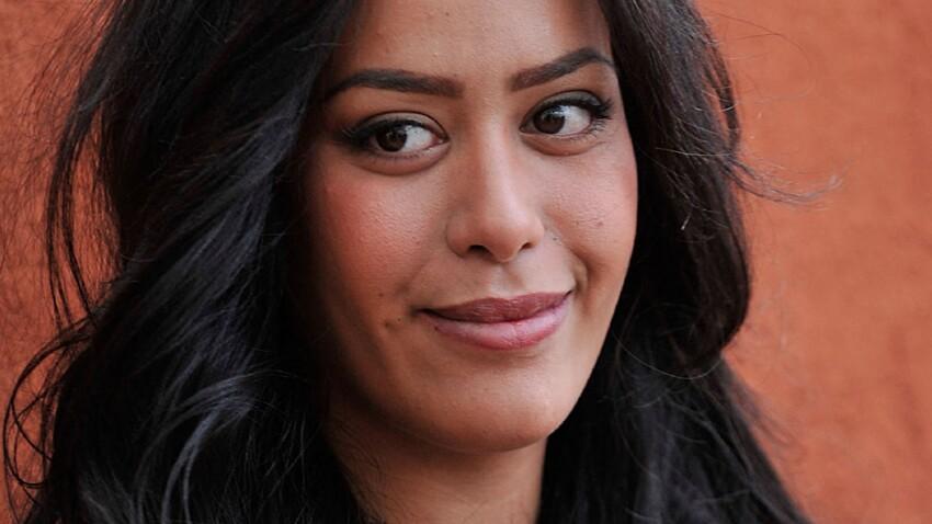 Amel Bent craquante en combi bustier ultra-sexy et toute zippée