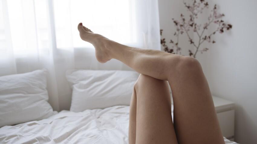 Strawberry legs : comment faire disparaître les petits boutons rouges sur les jambes après rasage ?