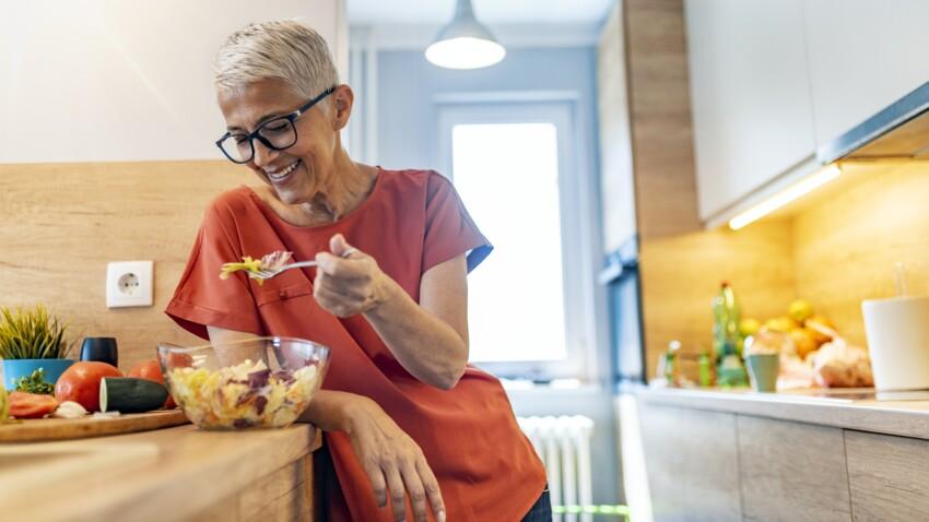 Pourquoi manger froid nous incite à manger plus