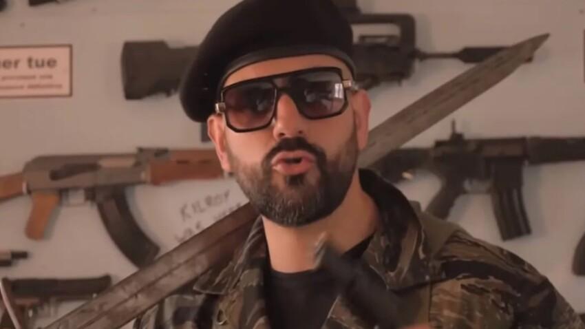"""Le Youtubeur d'extrême droite Papacito visé par une enquête pour """"provocation"""" au meurtre"""