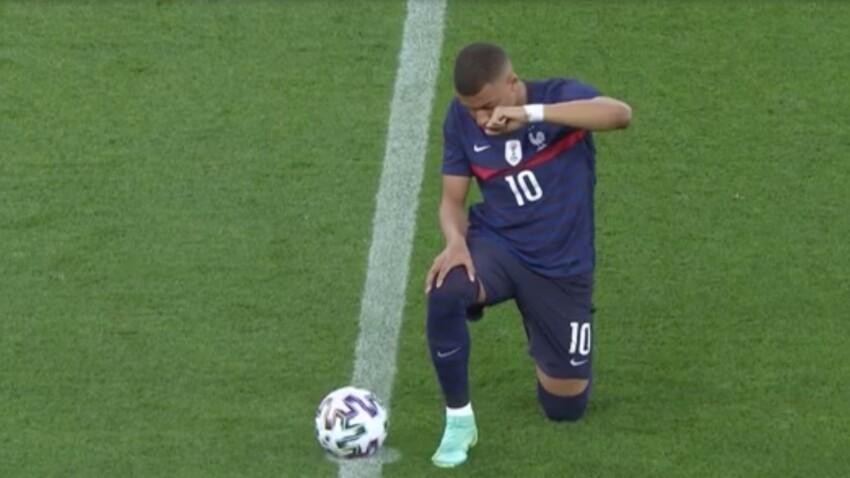 """""""Euro 2021"""" : pourquoi les Bleus mettent-ils un genou à terre ?"""