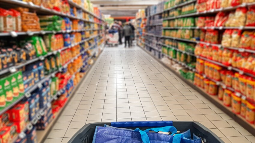 Carrefour, Leclerc, Monoprix, Super U, Cora… : de nouveaux produits alimentaires font l'objet de rappels en magasins