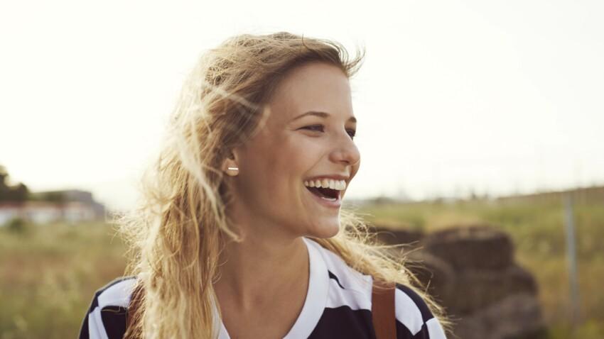 Ruban blond : la nouvelle technique pour avoir des cheveux plus beaux que jamais
