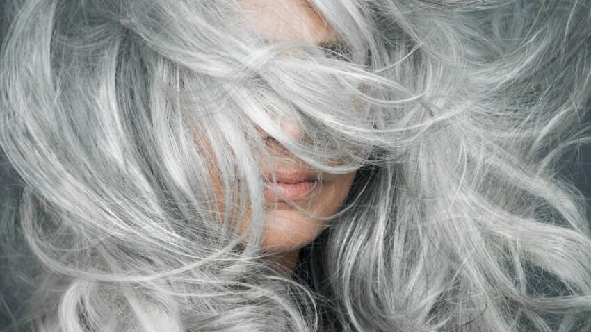 Grey blending : faut-il adopter cette technique de balayage pour cheveux blancs ?