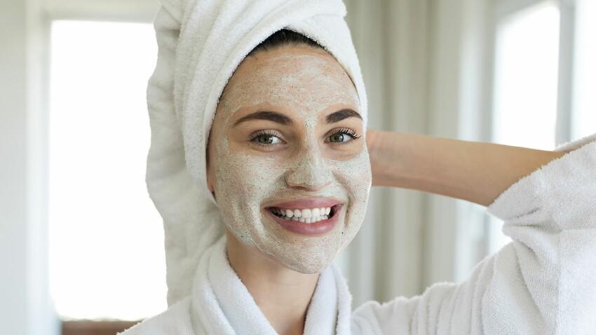 Gommage, masque, shampooing... Découvrez à quel rythme vous devriez faire ces soins