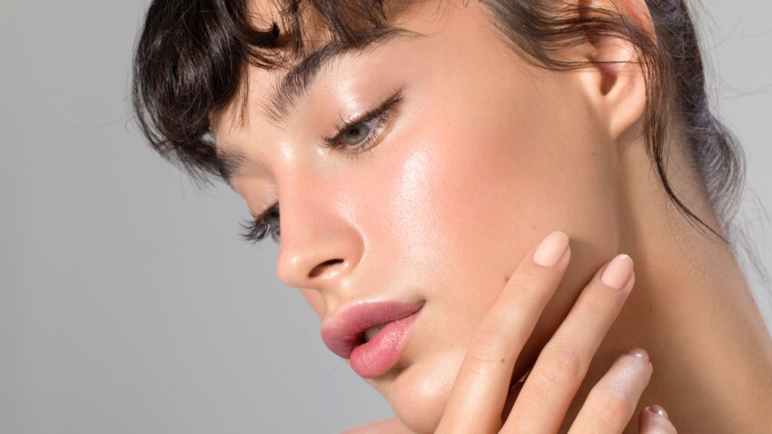 Russian Lips : la nouvelle tendance pour des lèvres pulpeuses sans chirurgie