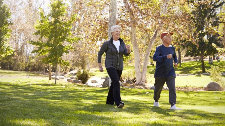 Marche rapide : 3 exercices pour s'échauffer