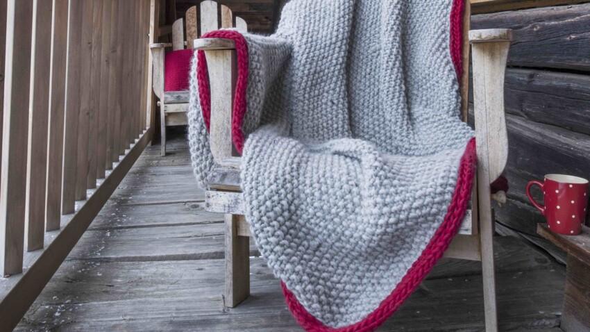 Comment tricoter un plaid au point de riz bordé de cordelette