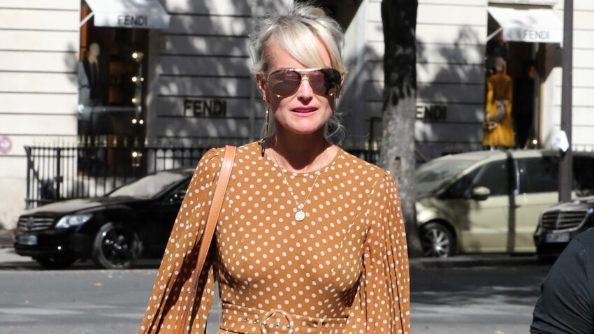 Laeticia Hallyday craquante : elle adopte la chemise la plus stylée de l'été