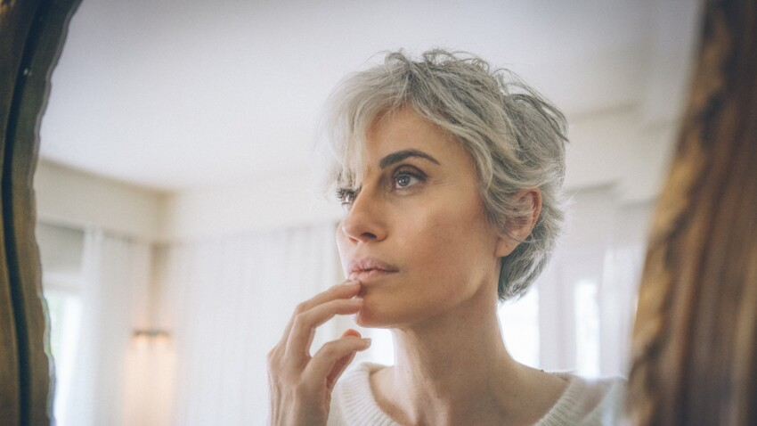 Cheveux blancs : saviez-vous qu'ils pouvaient se recolorer naturellement ?