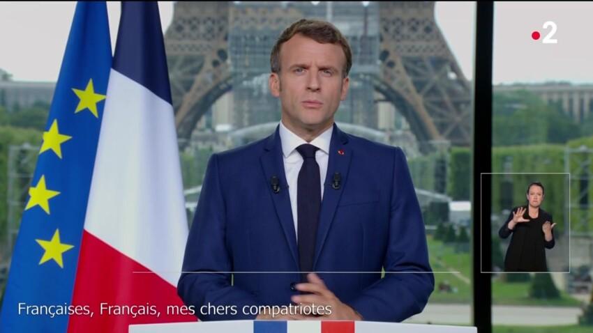 VIDÉO - Emmanuel Macron : un détail a amusé les internautes pendant son allocution