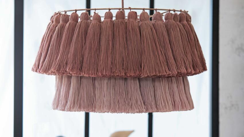 Tuto : le lustre en pompons style Hygge