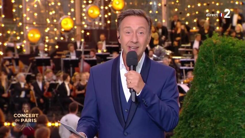 """Stéphane Bern : ce détail choc qui a beaucoup amusé les internautes pendant """"Le Concert de Paris"""""""