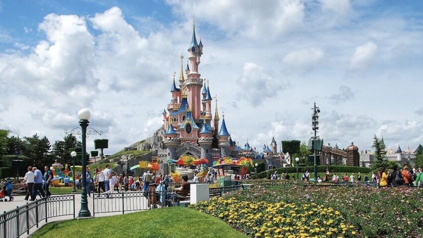 Pass sanitaire : Disneyland, Parc Astérix, Puy du Fou… comment entrer dans les parcs d'attractions cet été