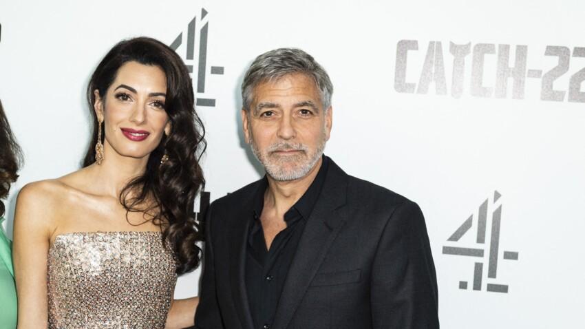 George et Amal Clooney installés dans le sud de la France : leur drôle de photo avec le maire de Brignoles