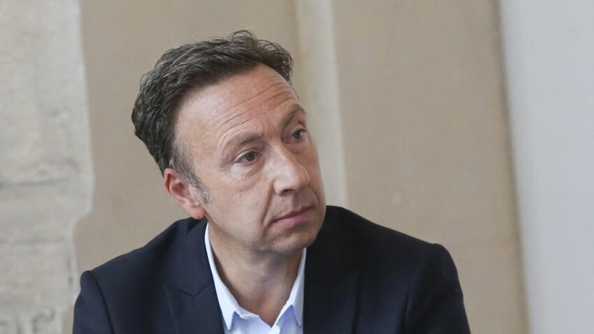 """Stéphane Bern heureux et amoureux, profite de la Grèce avec Yori, son """"roi de cœur"""""""