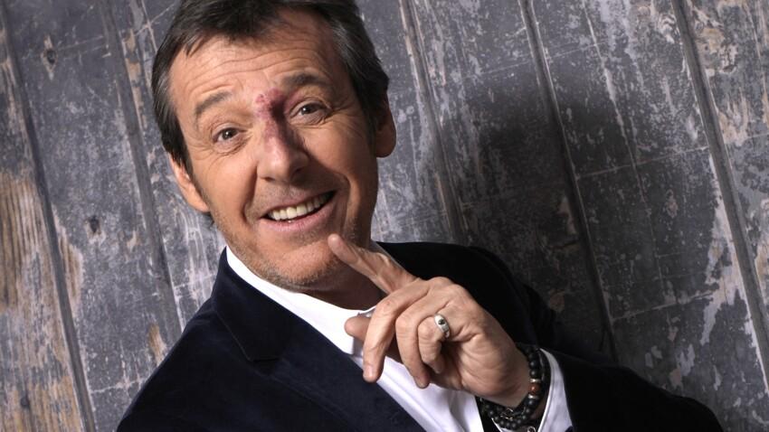"""Jean-Luc Reichmann amusé par une question sur Tinder dans """"Les 12 Coups de midi"""""""