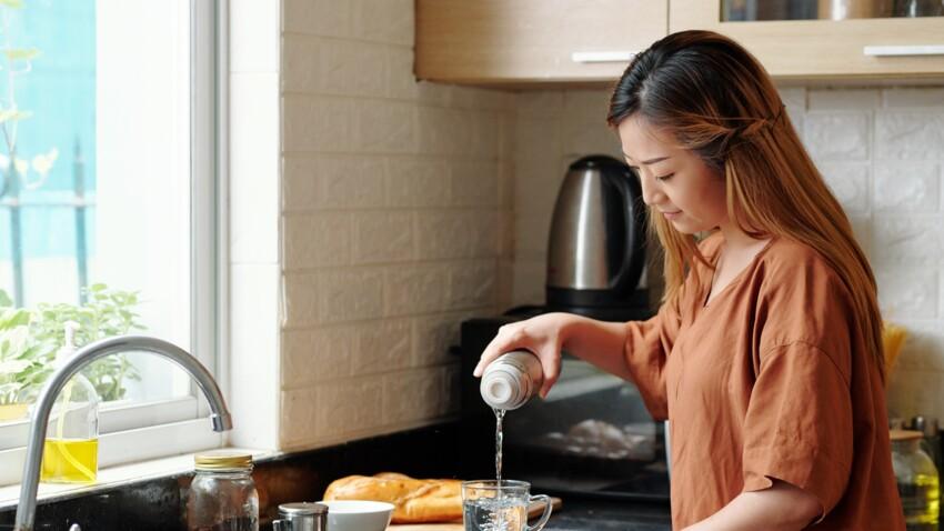 Boire de l'eau chaude : les bienfaits et les inconvénients