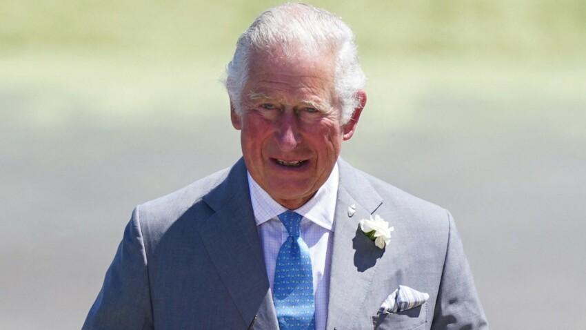 """Le prince Charles jugé """"snob impénitent"""" : ce jour où il a humilié une secrétaire"""