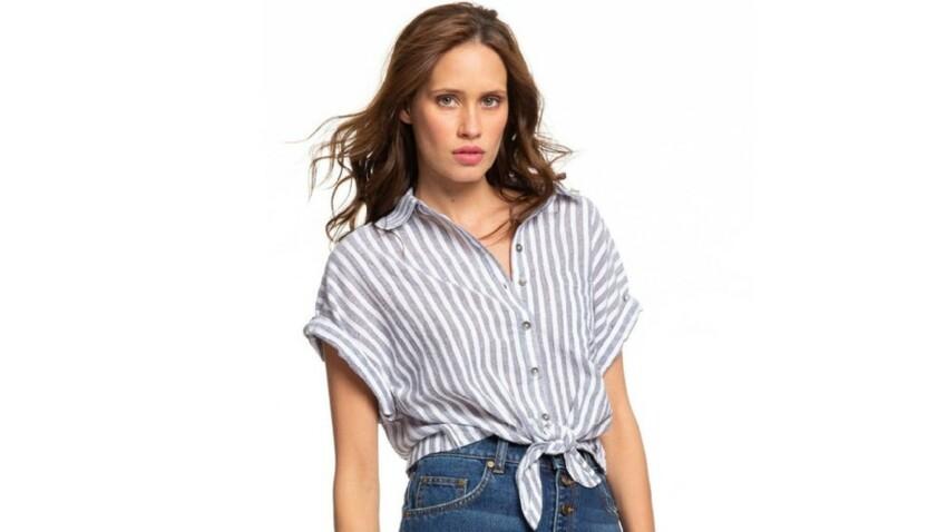 Chemise nouée : 3 manières faciles de la porter cet été