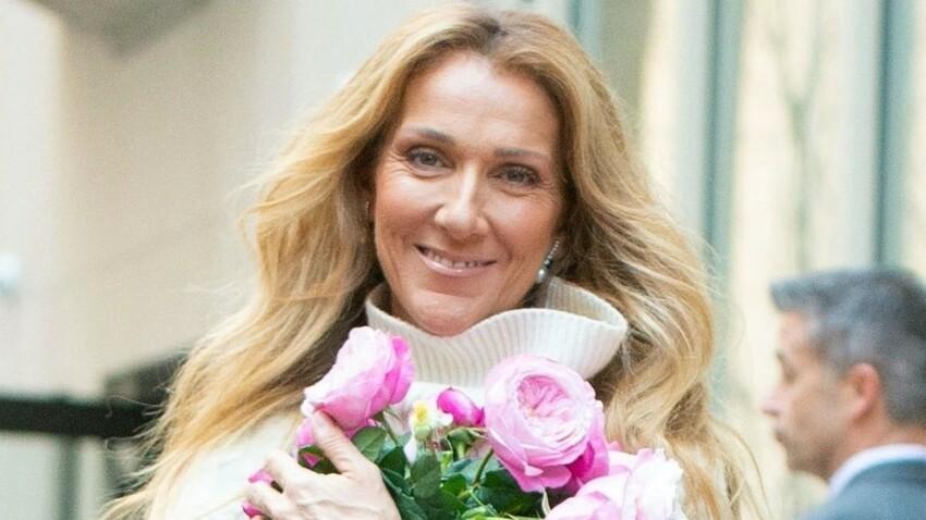 Céline Dion renversante en mini robe blanche décolletée et talons aiguilles