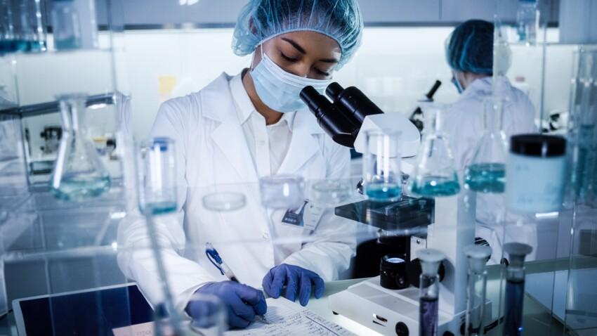 Covid-19 : 3 nouveaux traitements testés par l'OMS, quelle différence avec le vaccin ?