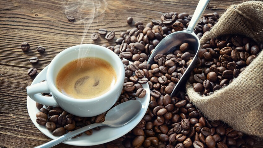 Boire trop de café : les symptômes qui doivent alerter sur une consommation excessive