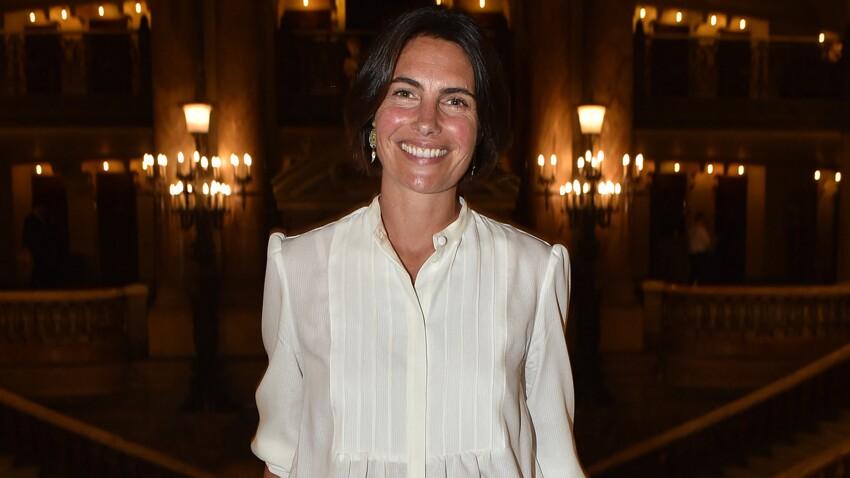 Alessandra Sublet en maillot échancré : sexy et trop belle !