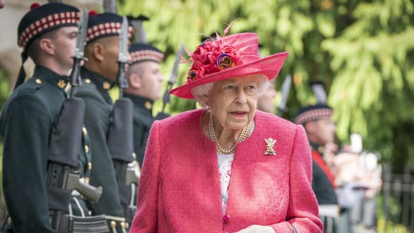 Elizabeth II touchée par le Covid-19 : elle prend une décision lourde de conséquences