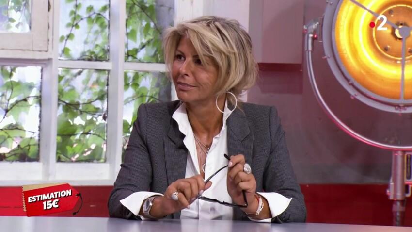 """Caroline Margeridon draguée par un vendeur d'""""Affaire conclue"""" venu spécialement pour elle"""