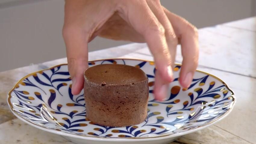 """""""Tous en cuisine"""" : la recette du moelleux au chocolat de Cyril Lignac"""