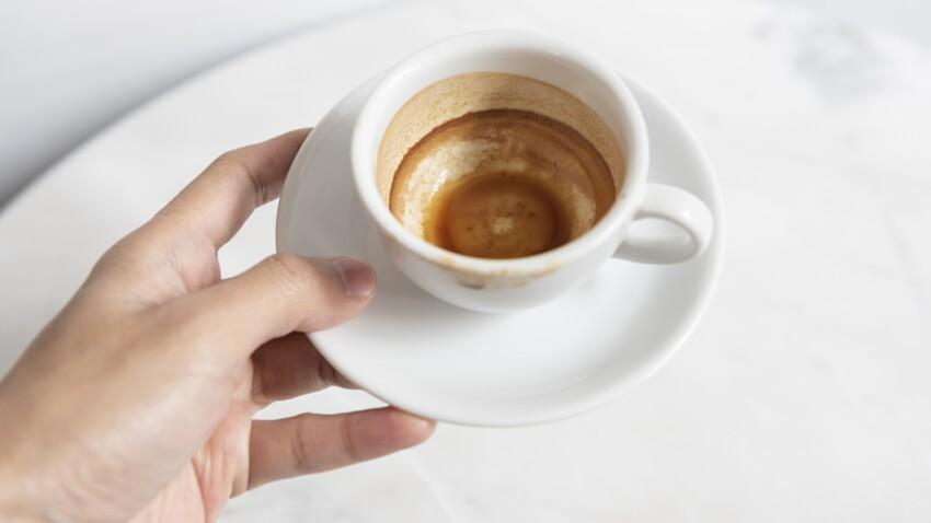 L'astuce simple pour enlever les traces de café au fond d'une tasse