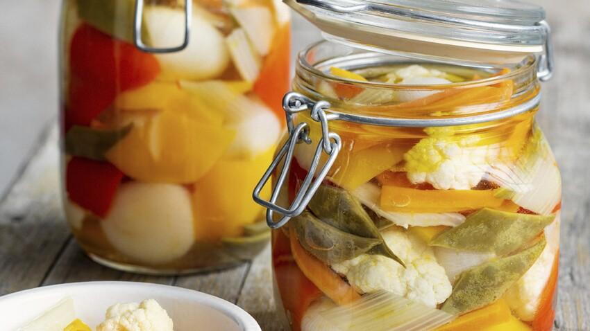 Comment faire des pickles de légumes au vinaigre ?
