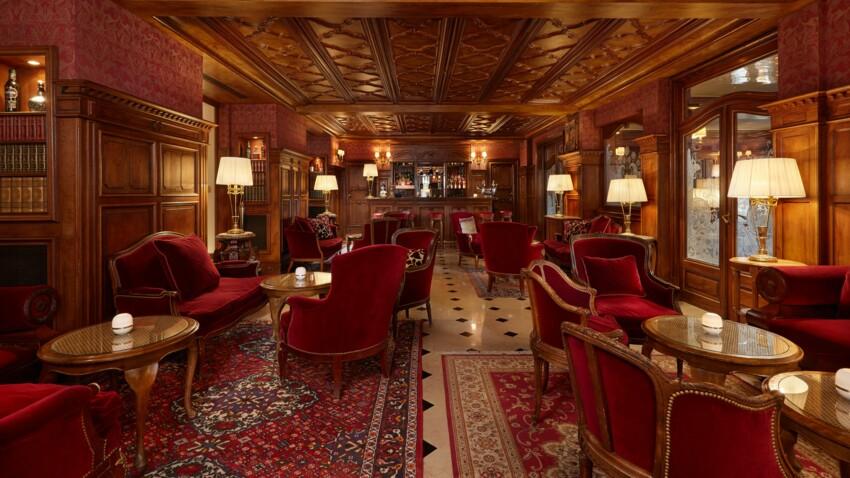Hôtel Regina : une adresse royale au cœur de Paris