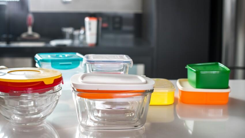L'astuce pour laver ses boîtes en plastique en 45 secondes chrono